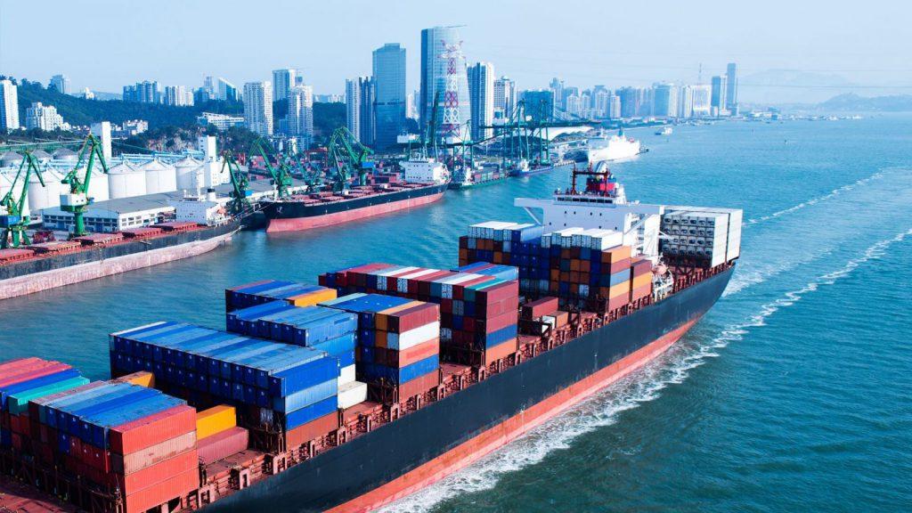 Chuyển hàng hóa đi đường biển